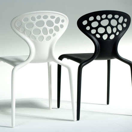Moroso Supernatural - black and white