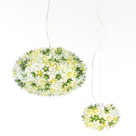 Group image: both sizes of the Bloom Pendant Lamp, mint