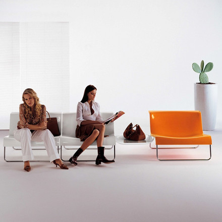 Kartell - Form Chair