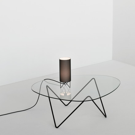 Sophisticated Design, lighthearted Atmosphere: Gubi Pedrera Coffe Table and Table Lamp PD1