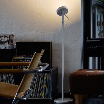 Belux - U-Turn floor lamp, LED, black, black, atmosphere image