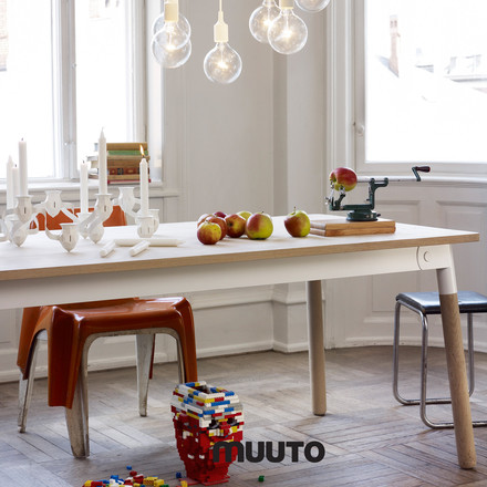 Muuto - Adaptable Dining table, white / white / oak