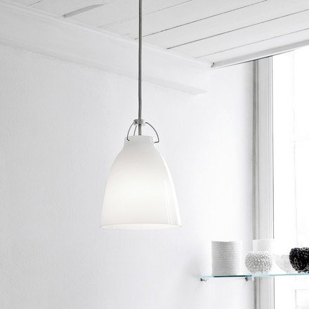 Caravaggio P0 Pendant Lamp by Lightyears