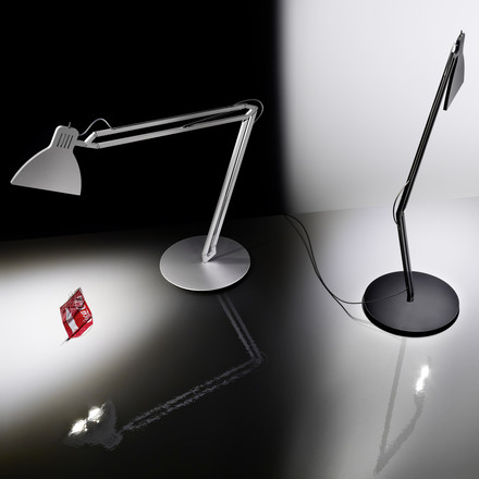 Ingo Maurer - Looksoflat Table Lamp, silver, black - Coke