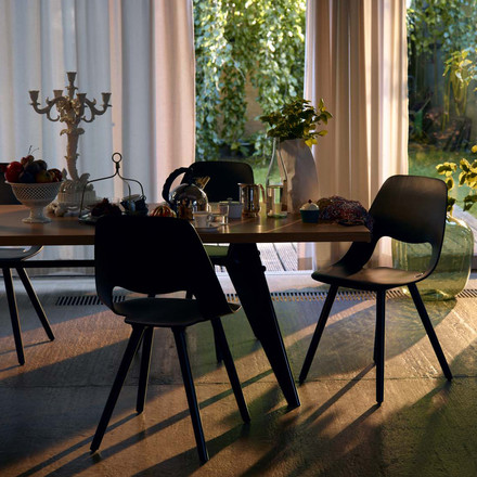 Vitra - Em Table, oak natural/ black - eating room
