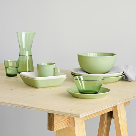 Iittala - green served table