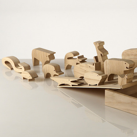 "Wood puzzle ""Sedici Animali"" by Enzo Mari for Danese Milano - ambience, backside"