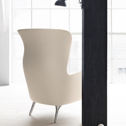 Fritz Hansen - Ro Armchair - backside