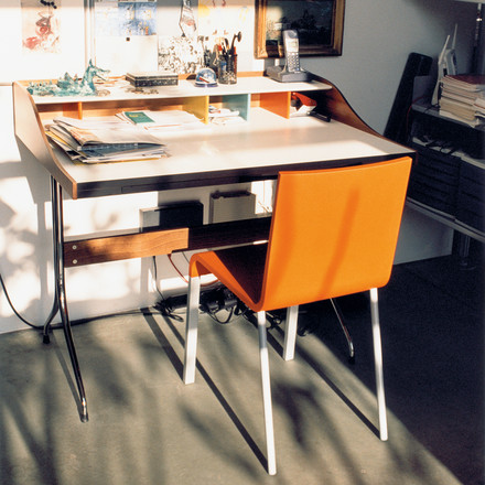 Vitra - .03 Chair, Ambience image / desk