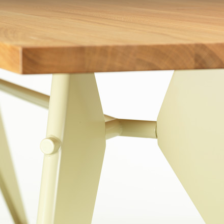 Vitra - EM Dining Table