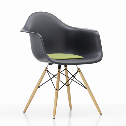 Vitra - Seat Dots, green / pastel green - Plastic Arm Chair