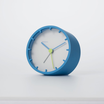 Mondo - Tock Alarm Clock, blue - situation