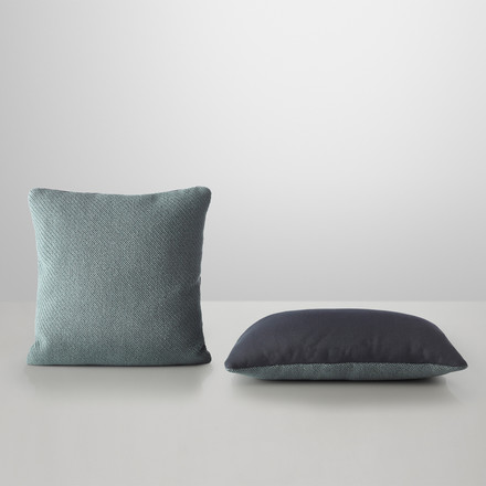 Muuto - Mingle Cushion, petrol - two cushions