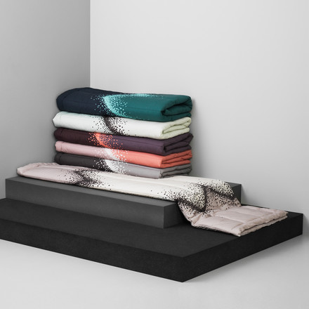 Normann Copenhagen - Sprinkle Bedspread - group, colours