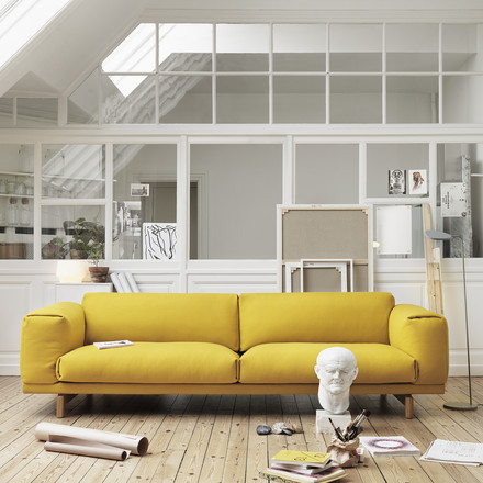 Muuto - Rest Sofa 2-seats, yellow, ambience image