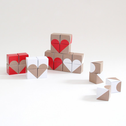 Snug.studio - snug.boxes Advent Calendar, decoration hearts