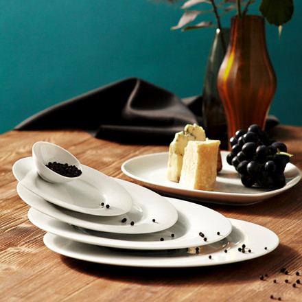Kahla - Magic Table Service, white, inclined overlapping plates