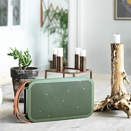 Style-conscious 360° surround sound with the Bang & Olufsen BeoPlay A2