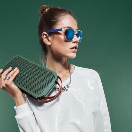 Stylish Accessory wherever you go: Bang & Olufsen BeoPlay A2
