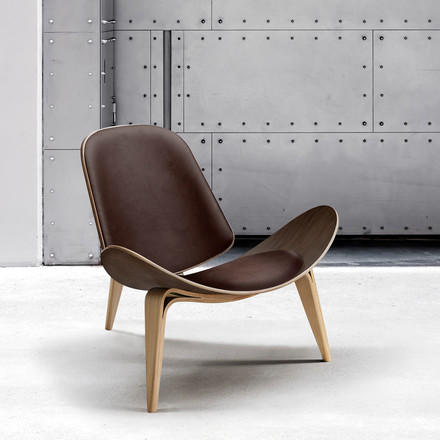 Carl Hansen - CH07 Shell Chair