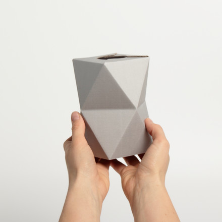 snug.vase low by Snug.studio in grey