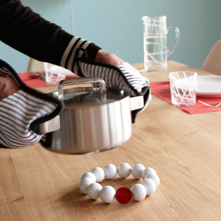 Pearl is a coaster by Konstantin Slawinski, which protects your dining table from hot pots, pans and oven dishes
