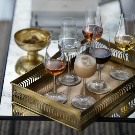 Stylish presentation of various liqueur types with the Rosendahl Grand Cru liqueur glasses.