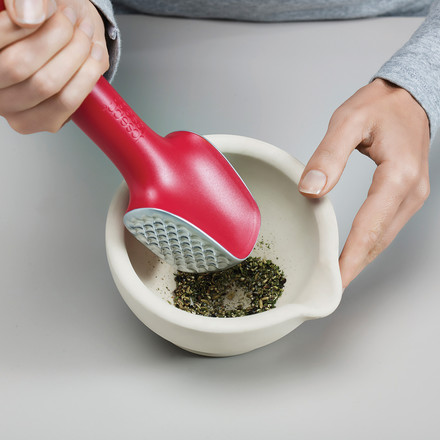Practical mortar for herbs and spices