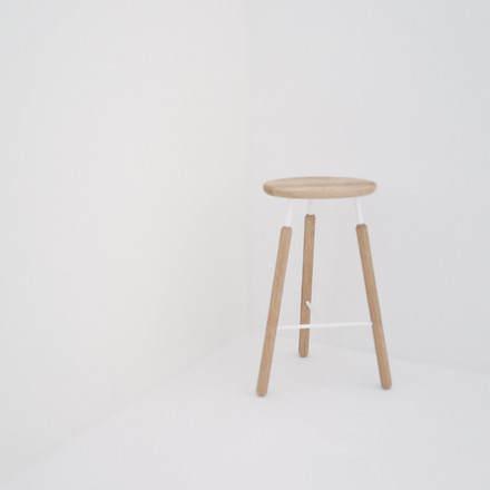 &Tradition - Raft Stool NA4 Barstool