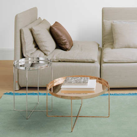The CM05 Habibi Side Table in copper and silver by e15