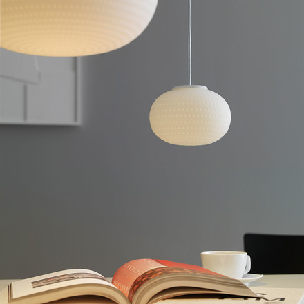 Pendant lamp for high and low ceilings
