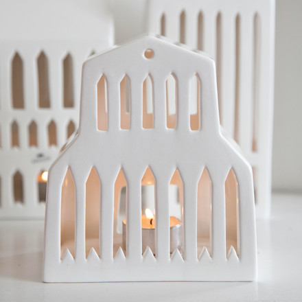 Basilica votive candle house