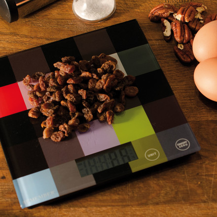 Random kitchen scale by Remember