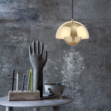 &Tradition - FlowerPot Pendant Lamp VP1 in polished brass and the Hoof Side Table SW1 by &Tradition