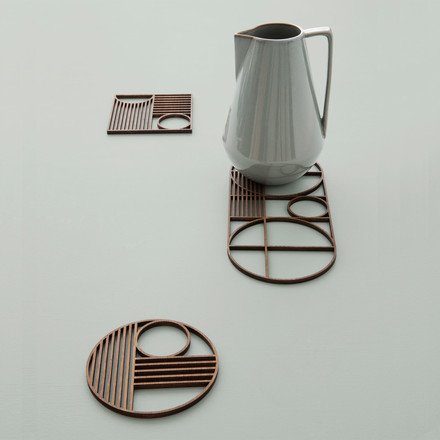 Geometric trivets in 3 shapes
