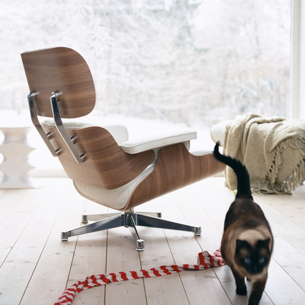 Vitra lounge chair - time for comfort