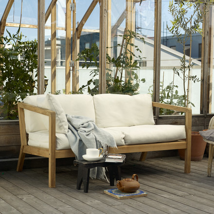 Sturdy sofa for outdoor use