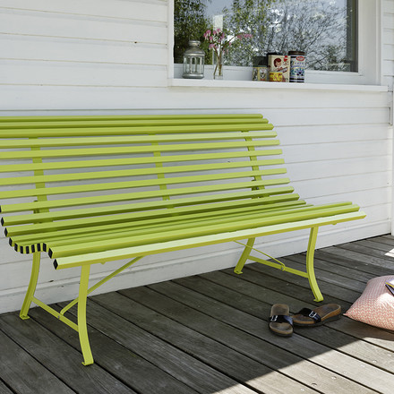 The most classic of all Garden Benches