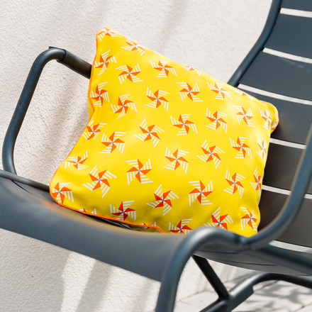 Outdoor cushion Moulins à Vent by Fermob in Honey