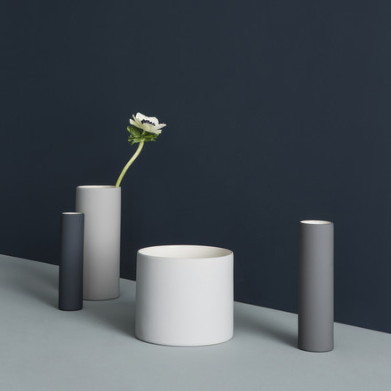 Exceptional flower vases in a set