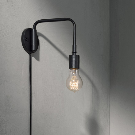 The Staple Lamp by Menu in black
