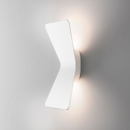 Flex LED wall lamp by FontanaArte in white