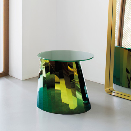 Pli Side Table by ClassiCon