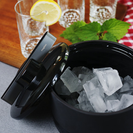 Self Cooling Ice Bucket by Magisso