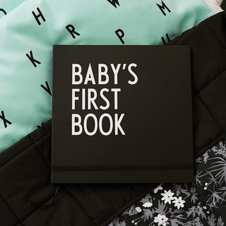 Design Letters - Baby's First Book, black / AJ Baby Bed Sheets, mint green