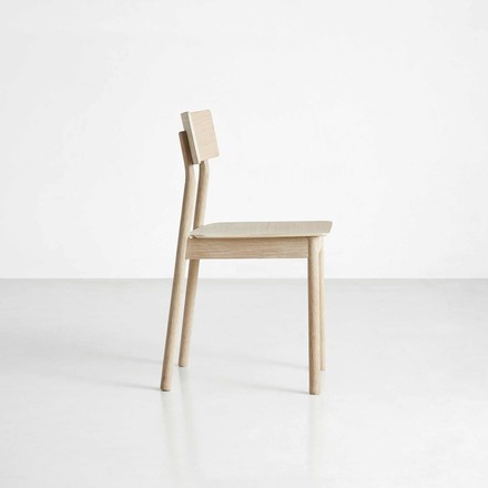 Pause Dining Chair by Woud