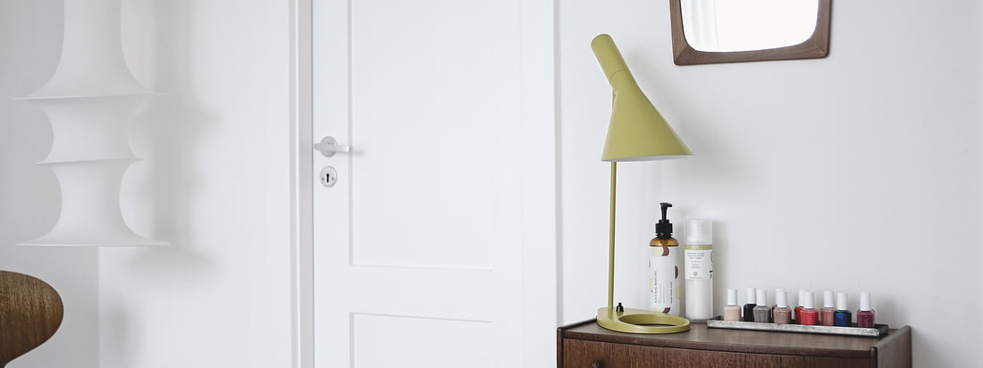 louis poulsen lighting ph5 lamp more connox shop. Black Bedroom Furniture Sets. Home Design Ideas