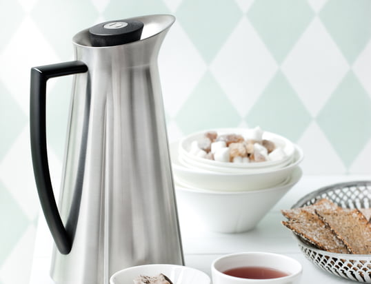 Find stylish products for the preparation of hot drinks in here...