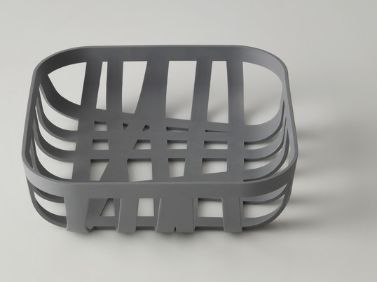 The Muuto Wicker Bread Basket by Danish designer Cecilie Manz resembles of a typical Scandinavian basket. Wide and thin strips are woven together in different directions.