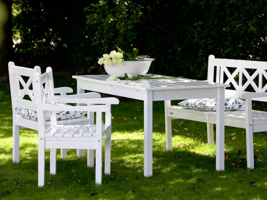 The Skagen Bench, the Skagen Table and the Skagen Chair are ruggedly built garden furniture of the Skagen series and a classic example for timeless, scandinavian design.